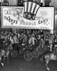 Yankee_Doodle_Dandy_premiere