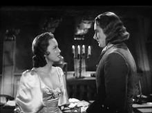 Olivia_de_Havilland_and_Errol_Flynn_in_Captain_Blood_trailer