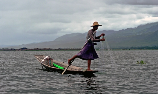 16. ACT 4 - ADVENTURE - TONY'S TOUS - MYANMAR - FISHERMAN - LAKE INLE, MYANMAR.jpg
