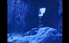 Fig3_Term_1927_Remarkable_Cave