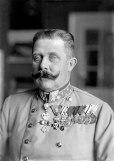 440px-Ferdinand_Schmutzer_-_Franz_Ferdinand_von_Österreich-Este,_um_1914