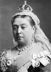 440px-Queen_Victoria_by_Bassano